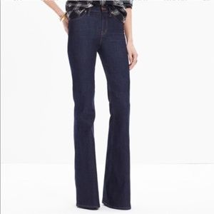 Madewell Flea Market Flare Jeans in Kenner Wash